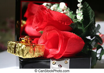Box and Roses