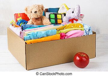 box., coloré, vêtements, jouets, papeterie, désinvolte