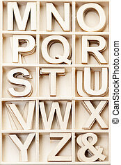 Box with letters M to Z