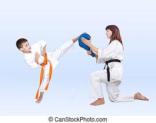 Boy beats a kick on the Double Kick Pad