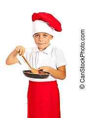 Boy prepare macaroni