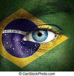 brésil, peint, drapeau, visage humain