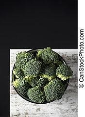 brócolos, em, um, branca, cerâmico, tigela