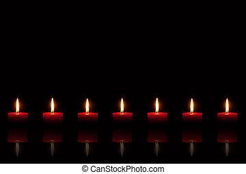 brûlé, bougies, arrière-plan noir, devant, rouges