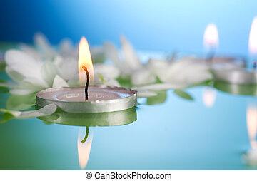 brûlé, flotter, bougies, et, fleurs