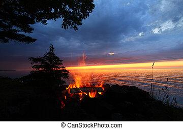brûler, coucher soleil, grand, plage, lacs