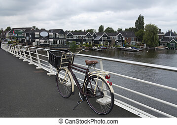 brücke, fahrrad, geparkt