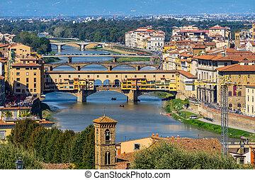 brücken, arno fluß, ponte vecchio, florenz, italien