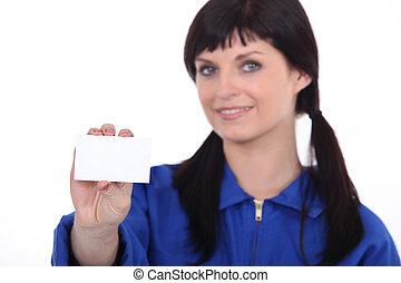 brünett, frau, geben, karte