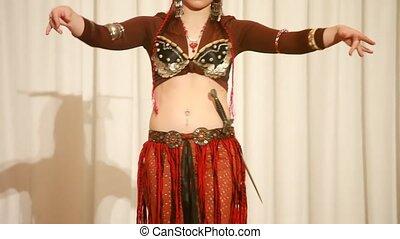 brązowy, występuje, tancerz, samica, strój, nóż, rusztowanie