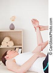 braço, retrato, tendo, massagem, mulher, jovem