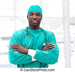 braços dobrados, americano, africano, cirurgião, macho