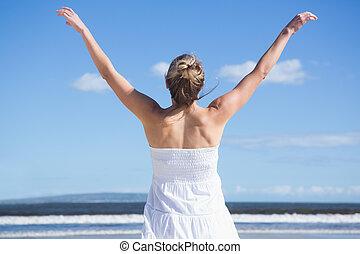 braços, ficar, bonito, estendido, praia, loiro