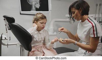 braces., peu, denture., dents, utilisation, projection,...