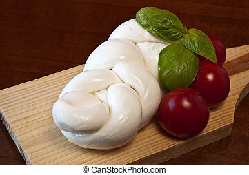 braided mozzarella 1 - Braided mozzarella, tomatoes and...