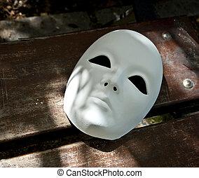 branca, máscara