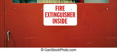 brandblusser, binnenkant.