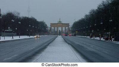 Brandenburger Tor Brandenburg Gate , famous landmark in Berlin, Germany