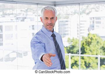 bras, étendre, poignée main, homme affaires, heureux