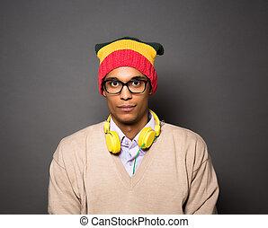 brasileño, hipster, hombre, estudio
