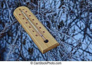 brauner, hölzern, thermometer, auf, der, winter, straße,...