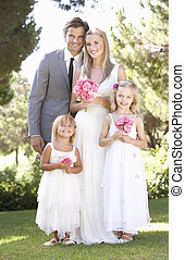 braut bräutigam, mit, brautjungfer, an, wedding