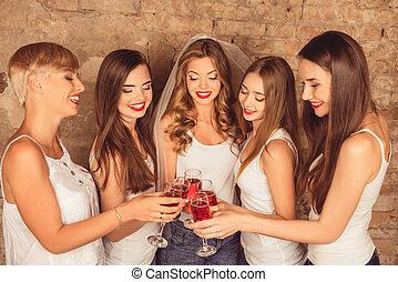 braut, champagner, feiern, henne-beteiligtes, brautjungfern, glücklich, reizend, rotes