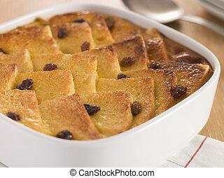 bread, そして, バター, プディング, 中に, a, 皿
