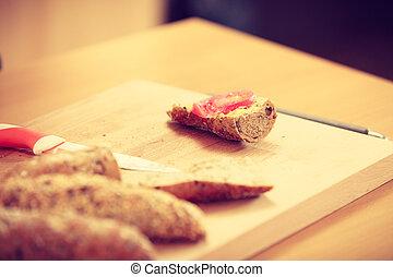 Bread sandwich with tomato slice