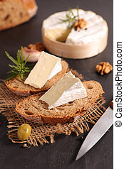 bread slices with portion of camembert