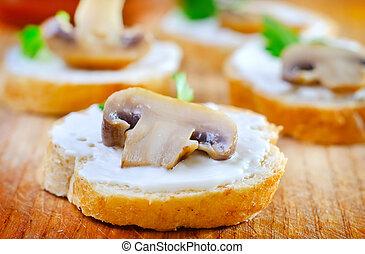 bread with mushroom