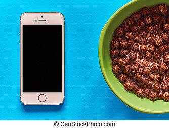Breakfast and smartphone