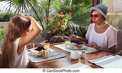 Breakfast at outdoor cafe