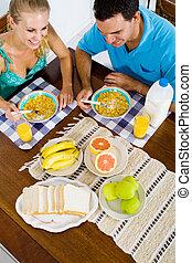 breakfast couple