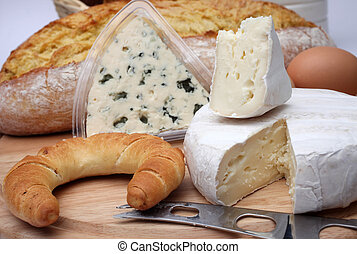 Breakfast, various types of cheese
