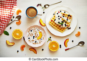 breakfast with fruits