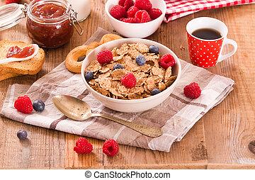 Breakfast with wholegrain cereals.