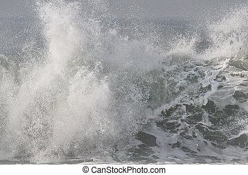 Breaking wave splash