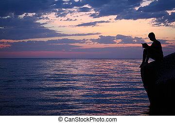 breed, avond, silhouette, zittende , boek, golfbreker,...