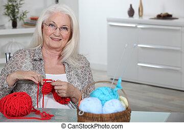 breiwerk, oude dame, keuken