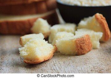briciole, bread