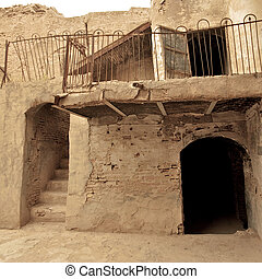 Brick and clay building in Arbil Citadel, Kurdistan, Iraq -...