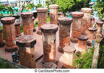 brick columns, Vietnam