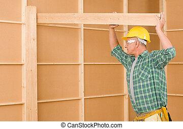 bricoleur, charpentier, mûrir, essayage, faisceau bois