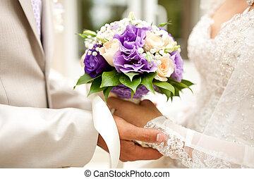 bridal bouquet, noha, agancsrózsák