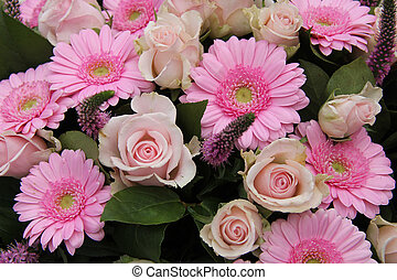 Bridal flower arrangement in pink