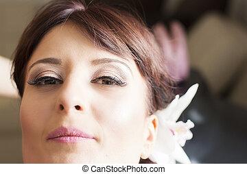 Bridal make up at finish