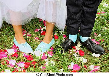 Bridal shoes - Legs bridal, groom wearing shoes, bride's...