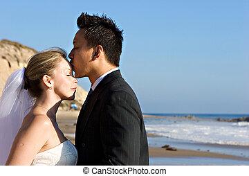 Bride & GroomBride & Groom - Attractive bride & groom...
