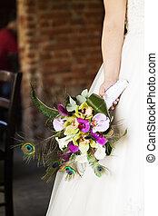 Bride holding wedding bouquet - Bride holding beautiful ...